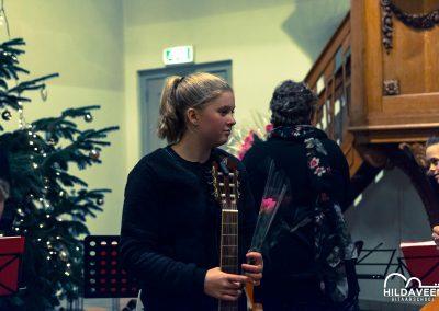 Voorspeelavond Gitaarschool Hilda Veen 16-12-17 (53 van 61)-min